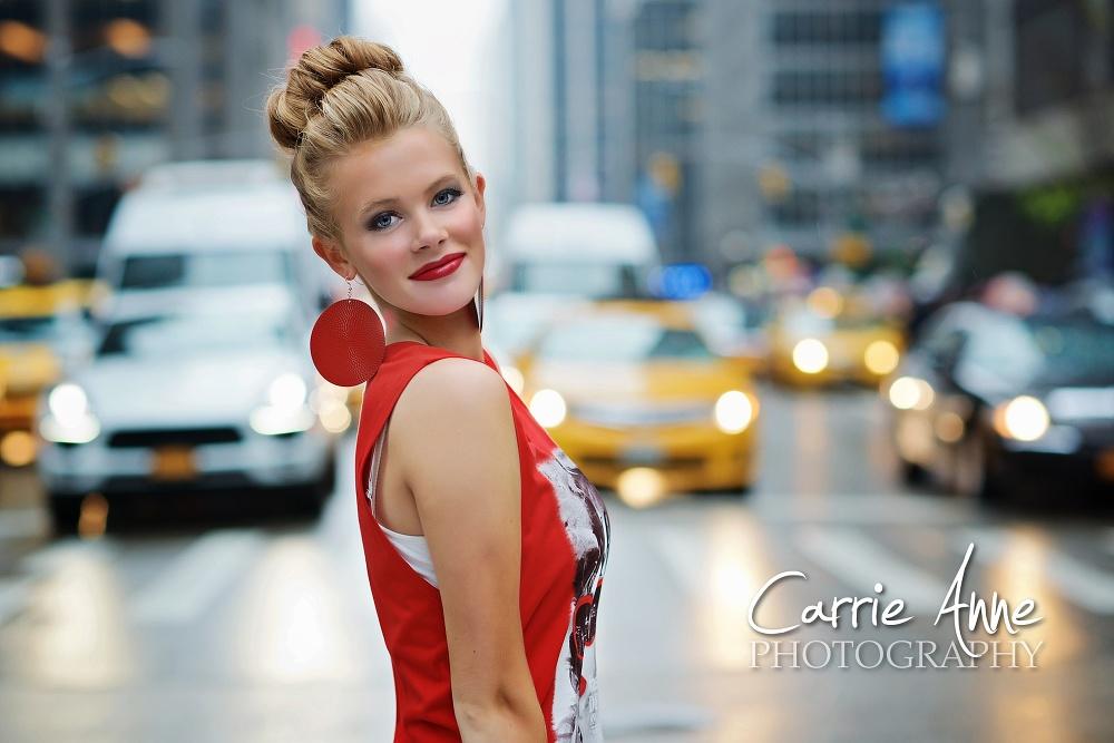 Hannah Destination Senior Photographer New York City